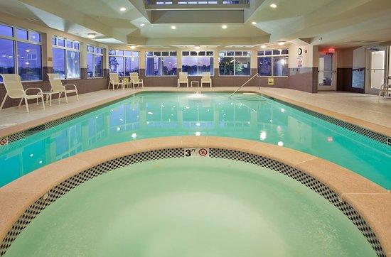 Grandview, MO: Pool