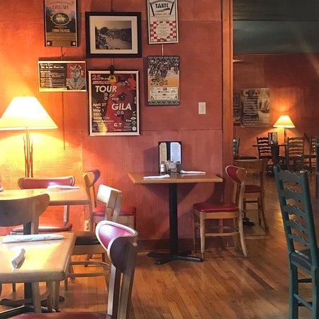 Vicki's Eatery: photo1.jpg