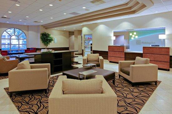 New Hartford, Estado de Nueva York: Lobby