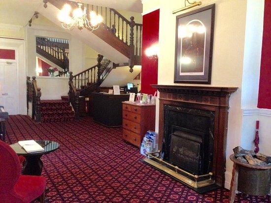 Thurston, UK: Lobby