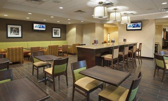 Hampton Inn Washington-Dulles Int'l Airport South