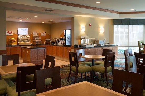 Roselle, إلينوي: Restaurant