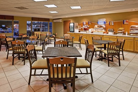 Delmont, PA: Restaurant