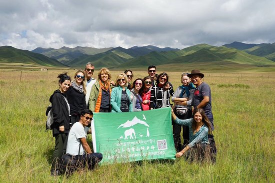 Xiahe County, Trung Quốc: With Portugal group.