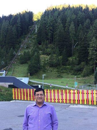 Axams, Austria: Hotel outside