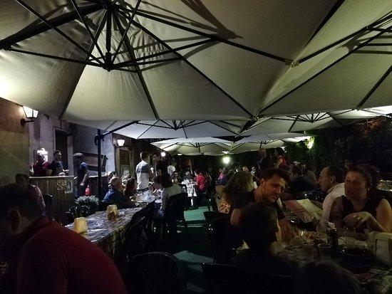 Santa Venerina, Италия: IMG_20180818_211131_large.jpg