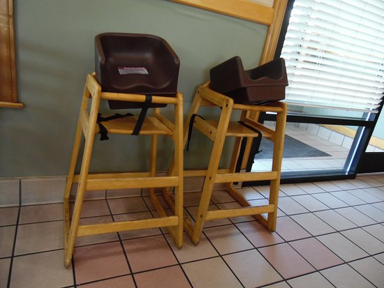 Plymouth, NC: HIGH CHAIRS IN CLEAN AREA
