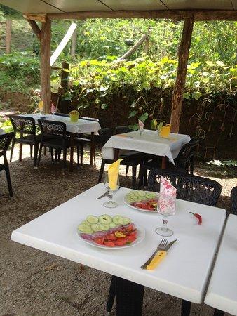 l\'avancée de notre terrasse - Picture of Bar Restaurant A ...