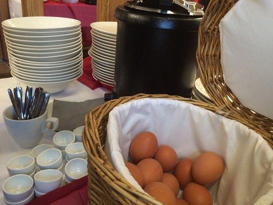 Fruhauf: Sonntag - Frühstücksbuffet