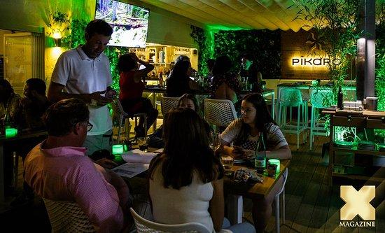 Cena En La Terraza Jardín De Pikaro Picture Of Gastrobar