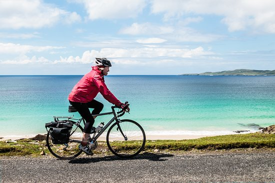 Vatersay, UK: Hebridean Way cycle route, South Harris