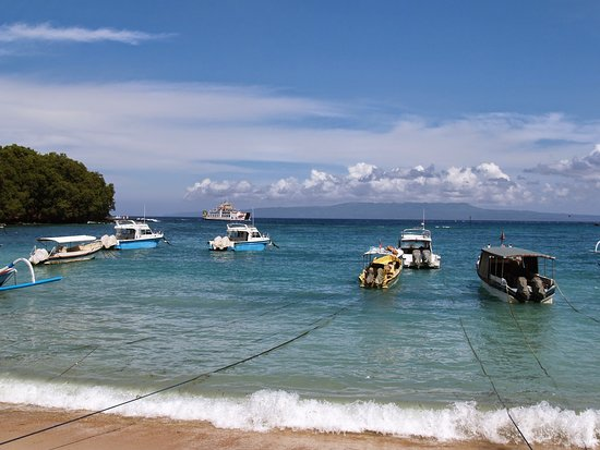 Kusamba Beach