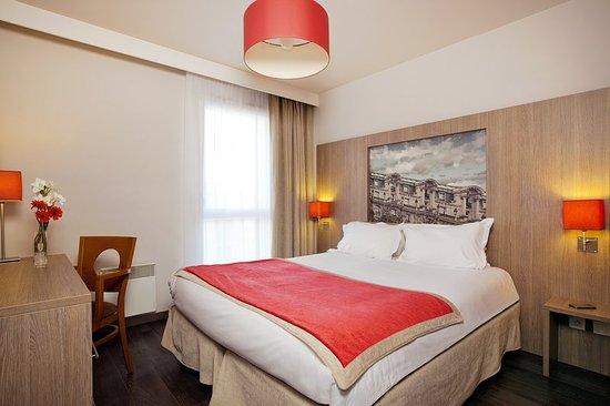Guyancourt, فرنسا: Guest room