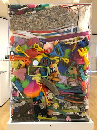 Telfair Museums Jepson Center: Collected on a beach