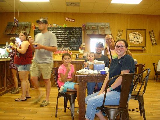 Ayden, Βόρεια Καρολίνα: The inside of the Creamery