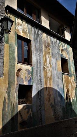 Arcumeggia, Włochy: casa affrescata