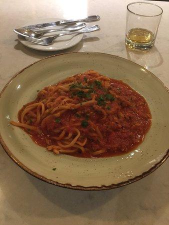 Di Gusto Pizza & Pasta: Red Sauce Pasta Con Vongole