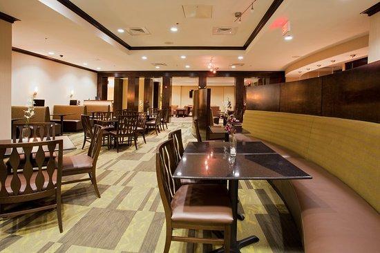 Holiday Inn Daytona Beach LPGA Blvd: Restaurant