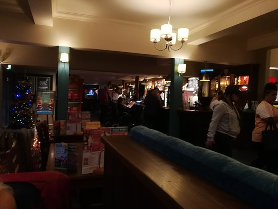 The Longs Arms, Hungry Horse: General view but you can see some of the mish-mached lamp shades