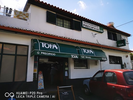 Faja da Ovelha, البرتغال: Restaurant O Precipicio