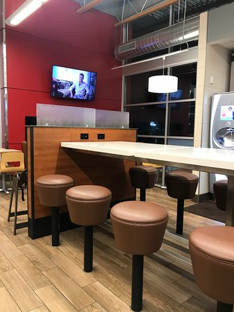 Richfield, OH: Inside Seating