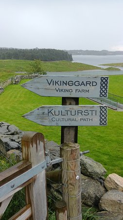 ‪‪Avaldsnes‬, النرويج: Road sign - viking settlement‬