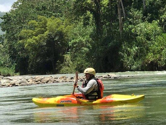 Turrialba, Costa Rica: Pejiballe river, segundo día de clases