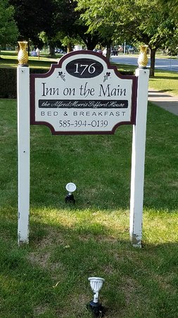 1840 Inn on the Main Bed and Breakfast: 20180905_170151_large.jpg