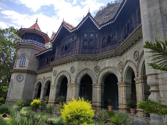 Rampur, อินเดีย: Palace