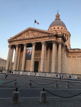 Place du PANTHEON - PARIS