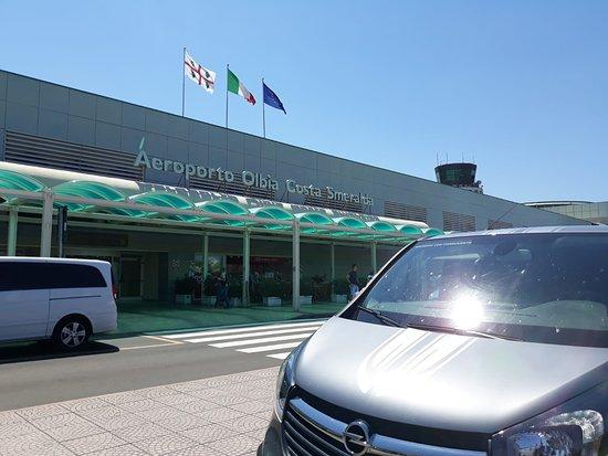Baunei transfer offre collegamenti da per porti aeroporti.