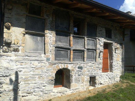Cesana Torinese, Italie : Casa Delle Lapidi