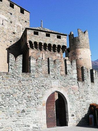 Fenis, Italy: IMG_20180913_100922_large.jpg