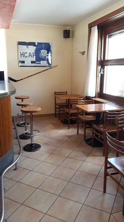 Quinto, Schweiz: Sala bar
