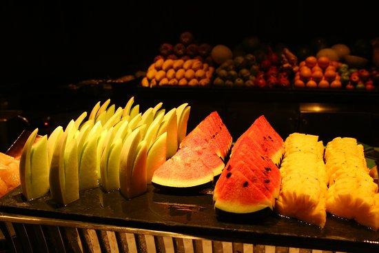 Dee Plee - Anantara Layan PhuketResort : Make sure to ask them to cut a fresh mango, sweet and smooth.
