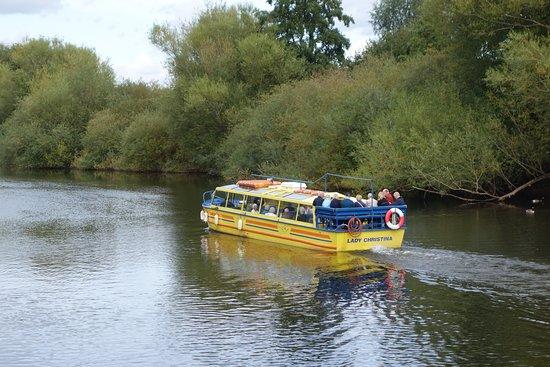 Whitchurch, UK: Upstream.