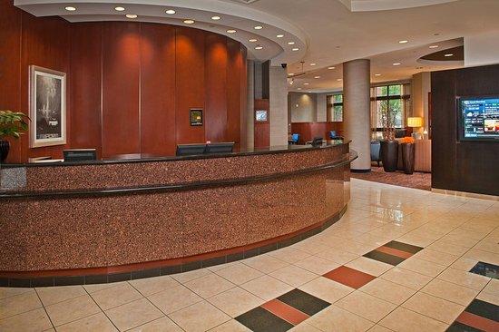 Merrifield, VA: Lobby