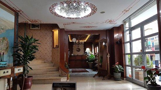 Hotel Niles Istanbul: TA_IMG_20180913_140405_large.jpg
