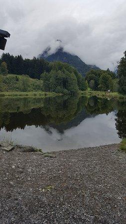 Oberstdorf, Deutschland: Morweiher, bei klarem Wetter doppelt so schön
