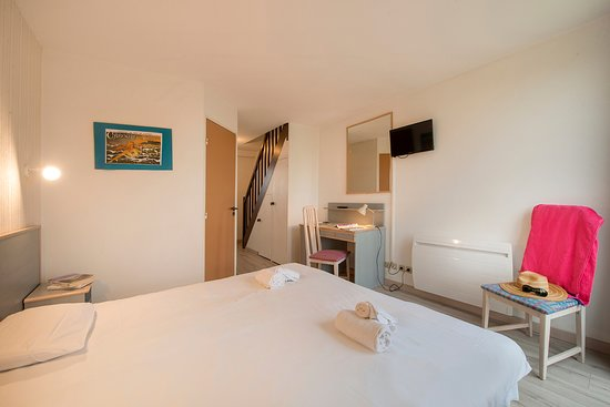 chambre quadruple avec accès mezzanine - Picture of Sweet Home ...