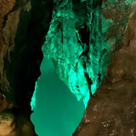 Inazumi Underwater Cave: 水中鍾乳洞コースで 深い