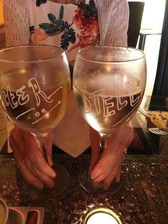 Indiana Cuisine : Our surprise wine glasses