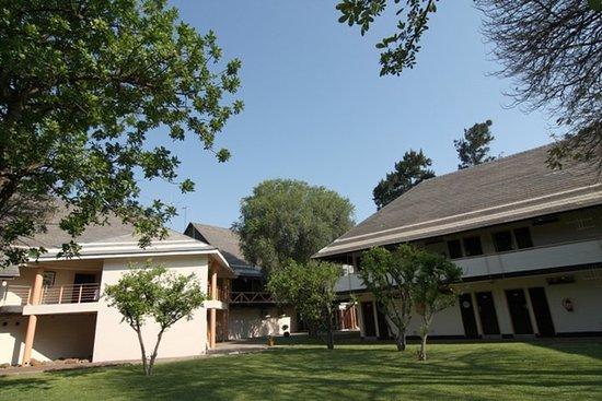 Francistown, Botsuana: Exterior