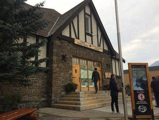 Banff Visitor Information Centre Photo