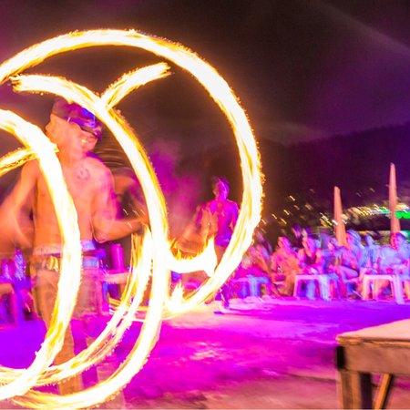 Slinky Beach Bar: photo3.jpg