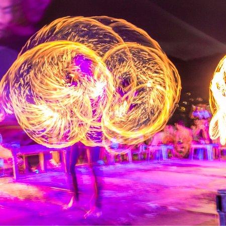 Slinky Beach Bar: photo7.jpg