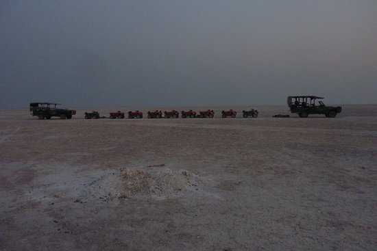 Makgadikgadi Salt Pan: Quadbikes
