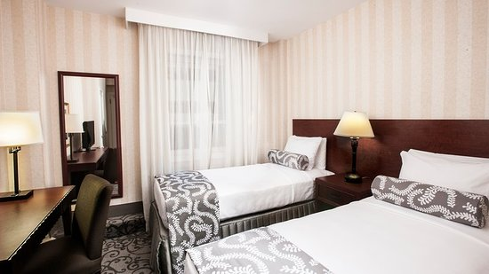Crowne Plaza Niagara Falls - Fallsview: Guest room
