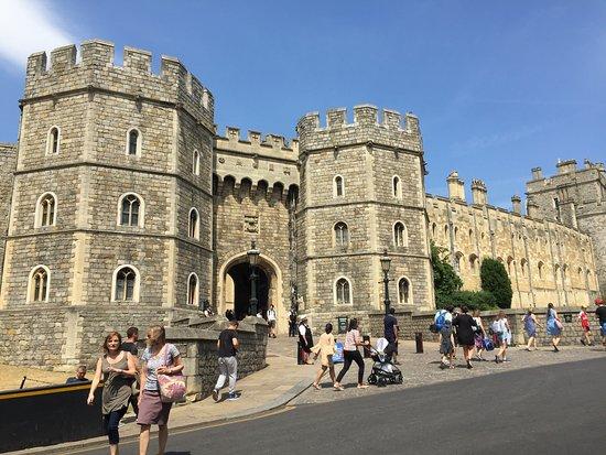 قلعة وينسور: Entrée du château de Windsor