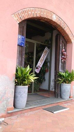 Cerrione, Itália: IMG-20180913-WA0013_large.jpg